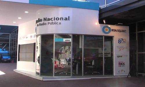 (28/05/2015) Entrevista a Pablo Llonto en Mañana Más por radio Nacional (08/05/2015)